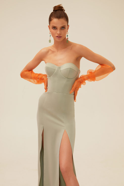 Strapless dress with front slits
