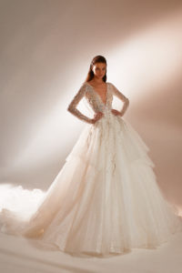 Designers princess wedding dress with lace and long sleeves