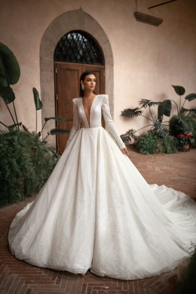 Dream Winter V-neck Wedding Dress